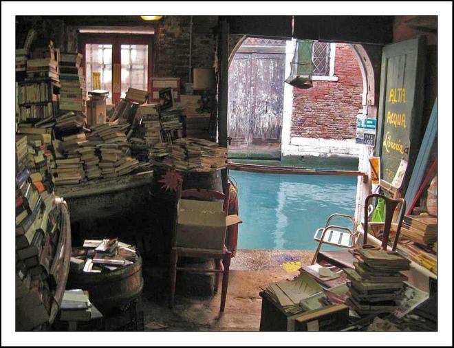 Libreria_Acqua_Alta_Venice