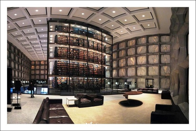 Yale_Universitys_Beinecke_Rare_Book_and_Manuscript_Library-565x363