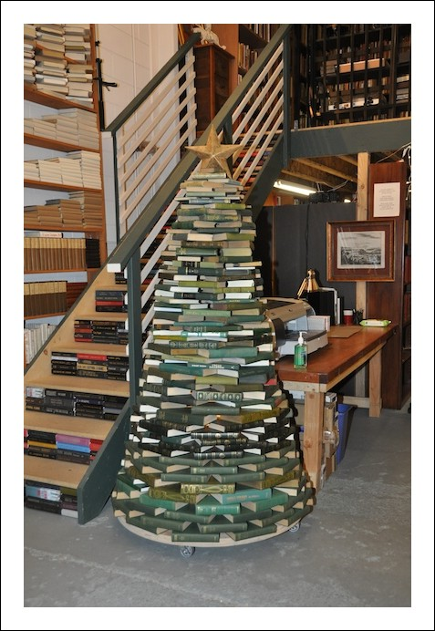 christmas-tree-books2