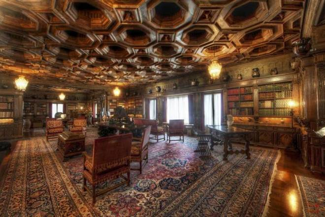 Hearst-Castle-library-3