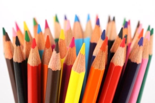 schrijven-cirkel-textuur-kleur-potloden_3311433