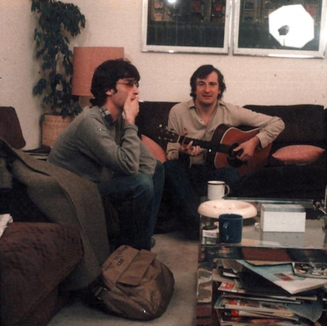 Neil Gaiman con Douglas Adams nel 1983