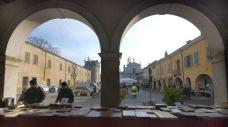 libri-sotto-i-portici-Castel-Goffredo
