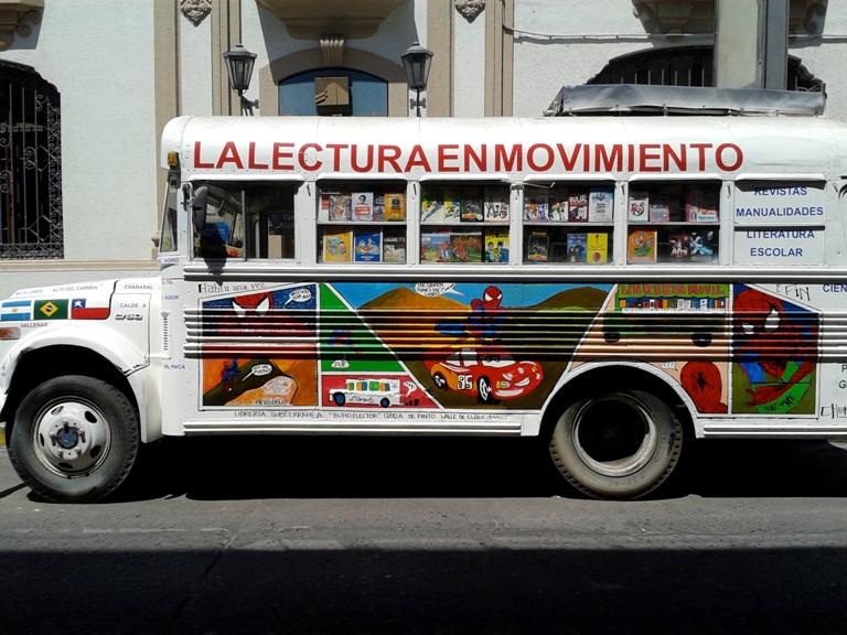 Intervallo santiago cile libreria movil - Libreria couceiro santiago ...