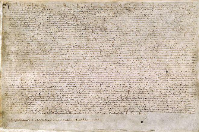 Una delle sole quattro esemplificazioni (copie conformi) sopravvissute del testo del 1215. Cotton MS. Augustus II. 106, conservato alla British Library (tratto da Wikipedia).